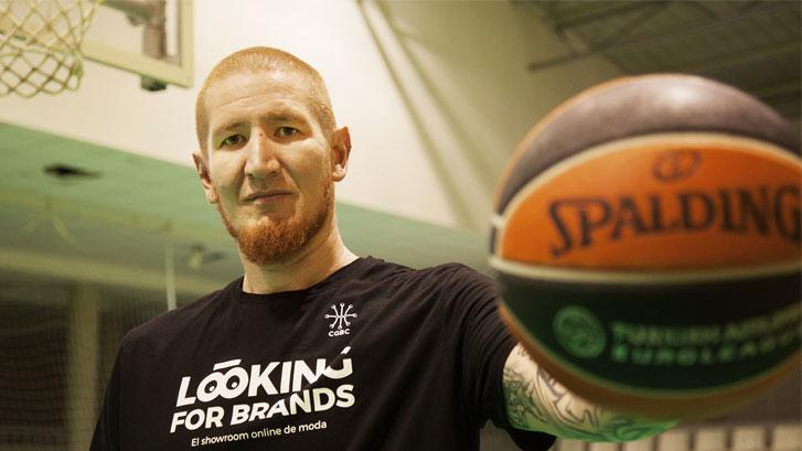Robert Swift, de la NBA al Círculo Gijón Baloncesto