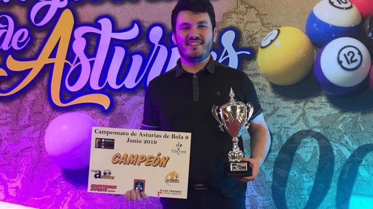 Álvaro Canónica Conquista el Campeonato de Asturias de Bola 9